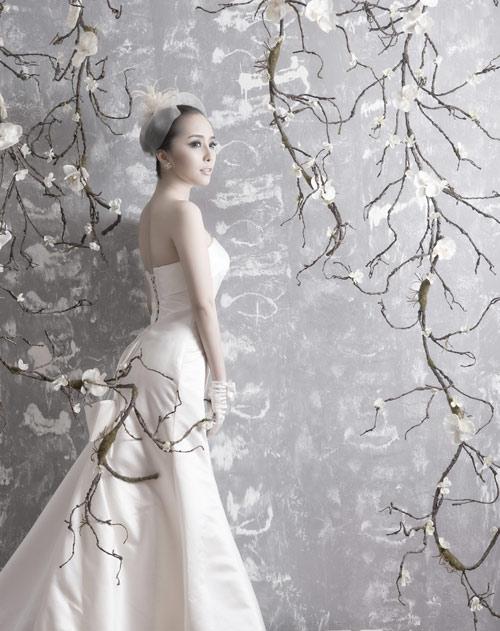 Quỳnh Nga chọn váy cưới cho nàng dâu - 7