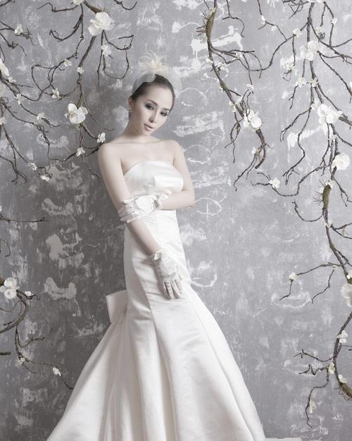 Quỳnh Nga chọn váy cưới cho nàng dâu - 9