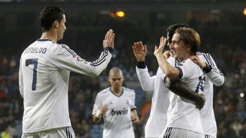 Zaragoza–Real: Dạo chơi chờ Galatasaray - 1