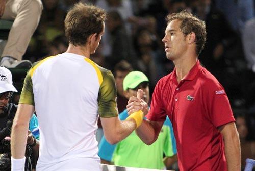Murray bực tức sau trận gặp Gasquet - 1