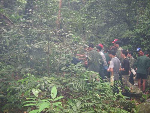 5 phu trầm bị giết: Tung quân phá án - 2