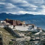Tin tức trong ngày - Lở đất ở Tây Tạng, 83 công nhân bị chôn vùi