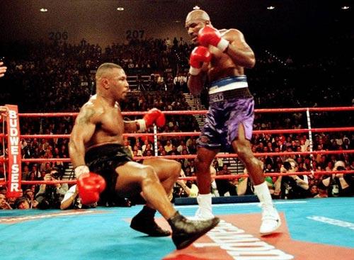 Tyson-Holyfield, trận so găng kinh điển - 1