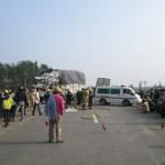Tin tức trong ngày - Hai xe tải tông nhau, 3 người chết và bị thương