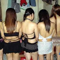 Bắt 4 chủ chứa cùng nhiều gái mại dâm
