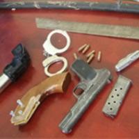 Hành khách đem theo súng tự chế đi máy bay