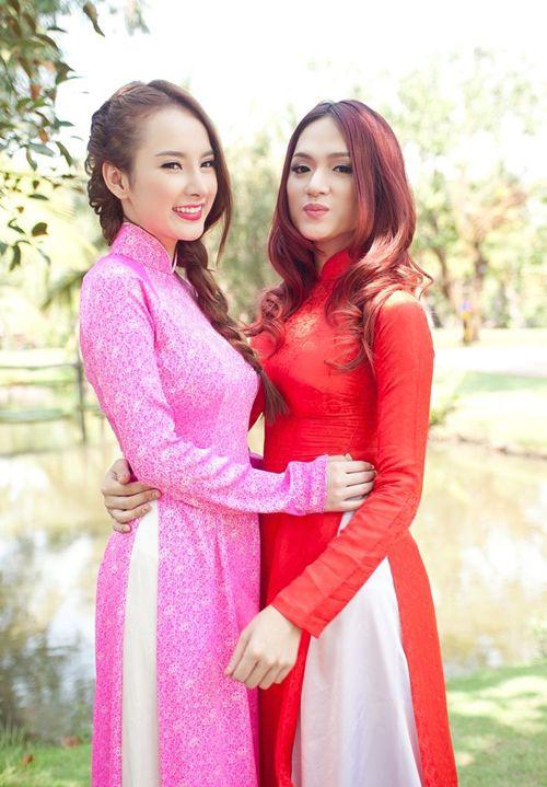 """Bà mẹ nhí"""" Angela Phương Trinh trong MV Liên khúc mừng"""