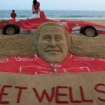 """Thể thao - CĐV """"tiếp thêm sinh lực"""" cho Schumacher"""