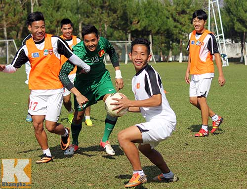 U19 Việt Nam cười tươi trước giờ xuống núi - 10