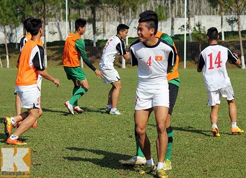 U19 Việt Nam cười tươi trước giờ xuống núi - 9
