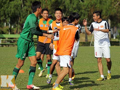 U19 Việt Nam cười tươi trước giờ xuống núi - 6