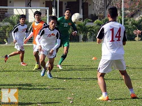 U19 Việt Nam cười tươi trước giờ xuống núi - 3