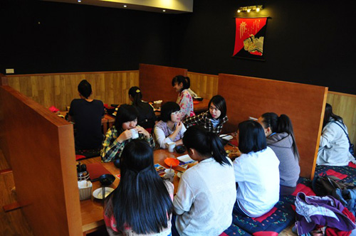 Gen Ya - Quán Nhật ngon, giá bình dân cho giới trẻ - 1