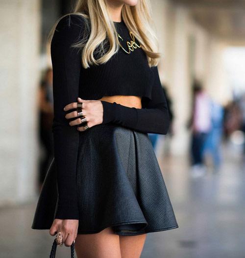 Cách diện áo len dáng ngắn thật cá tính - 4