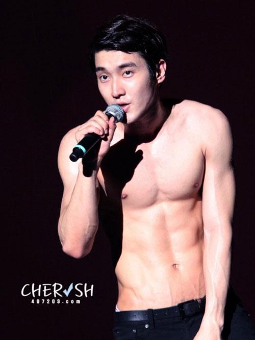 """""""Nghẹt thở"""" vì bụng 6 múi của mỹ nam Hàn - 13"""