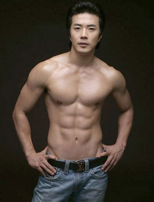 """""""Nghẹt thở"""" vì bụng 6 múi của mỹ nam Hàn - 11"""