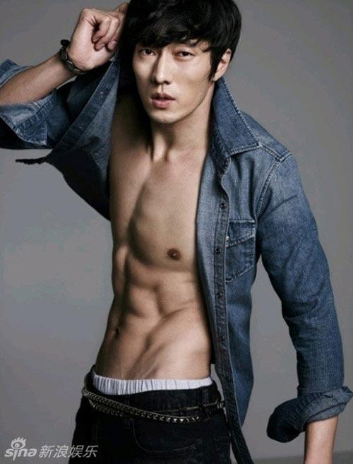 """""""Nghẹt thở"""" vì bụng 6 múi của mỹ nam Hàn - 3"""