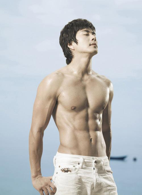 """""""Nghẹt thở"""" vì bụng 6 múi của mỹ nam Hàn - 10"""