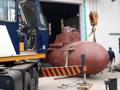Tàu ngầm Trường Sa chạy thử nghiệm vào tuần tới - 4