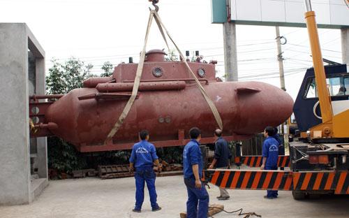 Tàu ngầm Trường Sa chạy thử nghiệm vào tuần tới - 6
