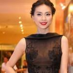 Thời trang - Ngô Thanh Vân tao nhã với váy trong suốt