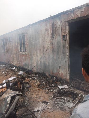 Công nhân đốt xe, ẩu đả với bảo vệ ở nhà máy Samsung - 3