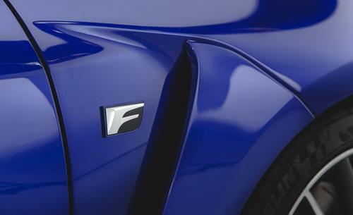Lexus RC F siêu mạnh với động cơ V8 - 9
