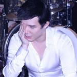 Ca nhạc - MTV - Nathan Lee ngủ gục trong phòng tập