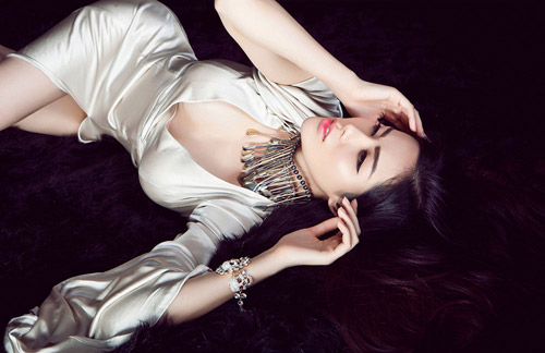 Hoa hậu gốc Việt tại Mỹ bán nude nóng bỏng - 5