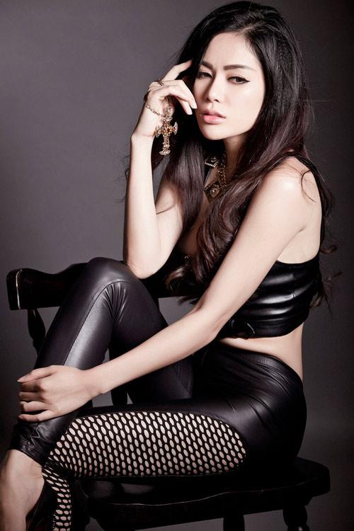 Hoa hậu gốc Việt tại Mỹ bán nude nóng bỏng - 9