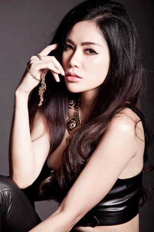 Hoa hậu gốc Việt tại Mỹ bán nude nóng bỏng - 10