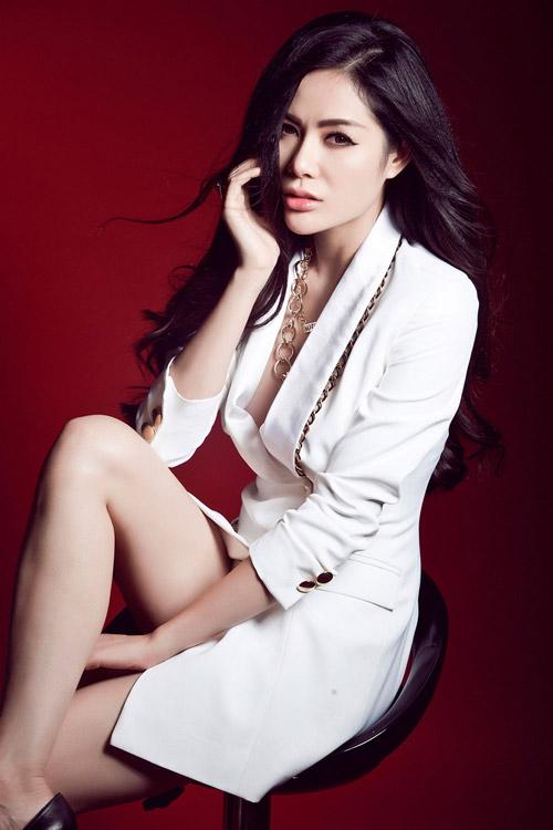 Hoa hậu gốc Việt tại Mỹ bán nude nóng bỏng - 14