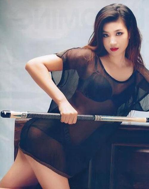 5 nữ cơ thủ có hình thể sexy nhất thế giới - 15