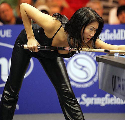 5 nữ cơ thủ có hình thể sexy nhất thế giới - 17