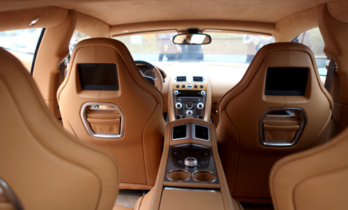 "Aston Martin Rapide ""nữ hoàng"" sedan - 9"
