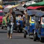 Tin tức trong ngày - Thái Lan: Du khách ồ ạt chạy loạn khỏi Bangkok