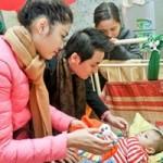 Ca nhạc - MTV - Vợ chồng Đăng Khôi đón Tết cùng trẻ mồ côi