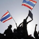 """Tin tức trong ngày - Ảnh: Thủ đô Thái Lan hỗn loạn vì """"đóng cửa"""""""