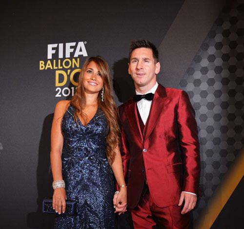 Ronaldo đoạt QBV FIFA 2013 - 6