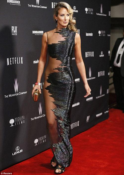 Miranda Kerr mặc bạo như Hồng Quế! - 7