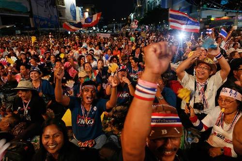 Thái Lan: Chính phủ ngày càng mất lợi thế - 1