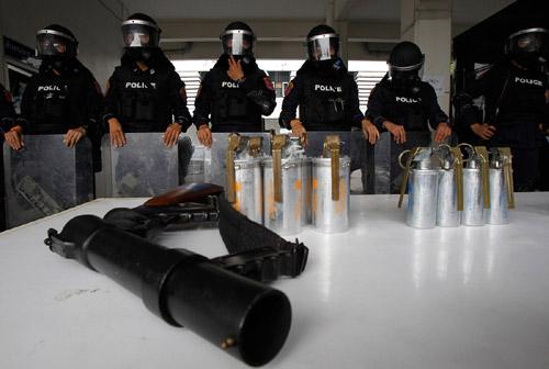 Thái Lan: Chính phủ ngày càng mất lợi thế - 2