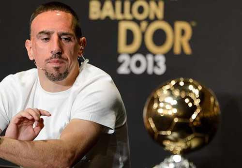 QBV: Đừng khóc cho Ribery như Sneijder - 2