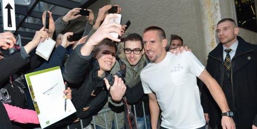 Ribery không cay cú như nhiều người tưởng - 1