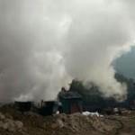 Tin tức trong ngày - Clip cháy lò than, khói cuộn cao ngút trời