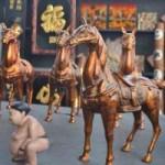 Tin tức trong ngày - Phiên chợ đồ cổ cuối năm ở Thủ đô