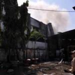 Tin tức trong ngày - Bà hỏa thiêu 2 xưởng liền kề, công nhân tháo chạy