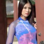 Thời trang - Ngọc Hân diện áo dài Xuân tại Hàn Quốc