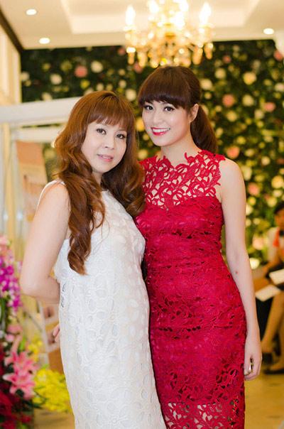 Những bậc phụ huynh đáng kính của sao Việt - 5