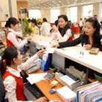 Tài chính - Bất động sản - Ngân hàng ưu tiên việc trả lương cho công nhân